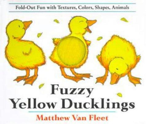 Download Fuzzy yellow ducklings